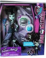 Кукла Ghouls Rule Frankie Stein Monster High в маскарадном костюме