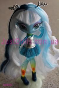 Una Verse кукла инопланетянка